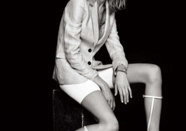Hanne-Gaby-Odiele-Elle-Korea-March-2013-03