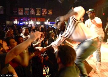 50 Cent punches fan
