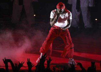 Kendrick Lamar ignites the 2017 MTV Video Music Awards