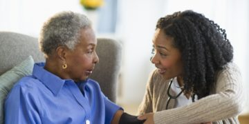 In Need of a Medical Alert System? Consider These 4 Tips To Make the Right Choice.