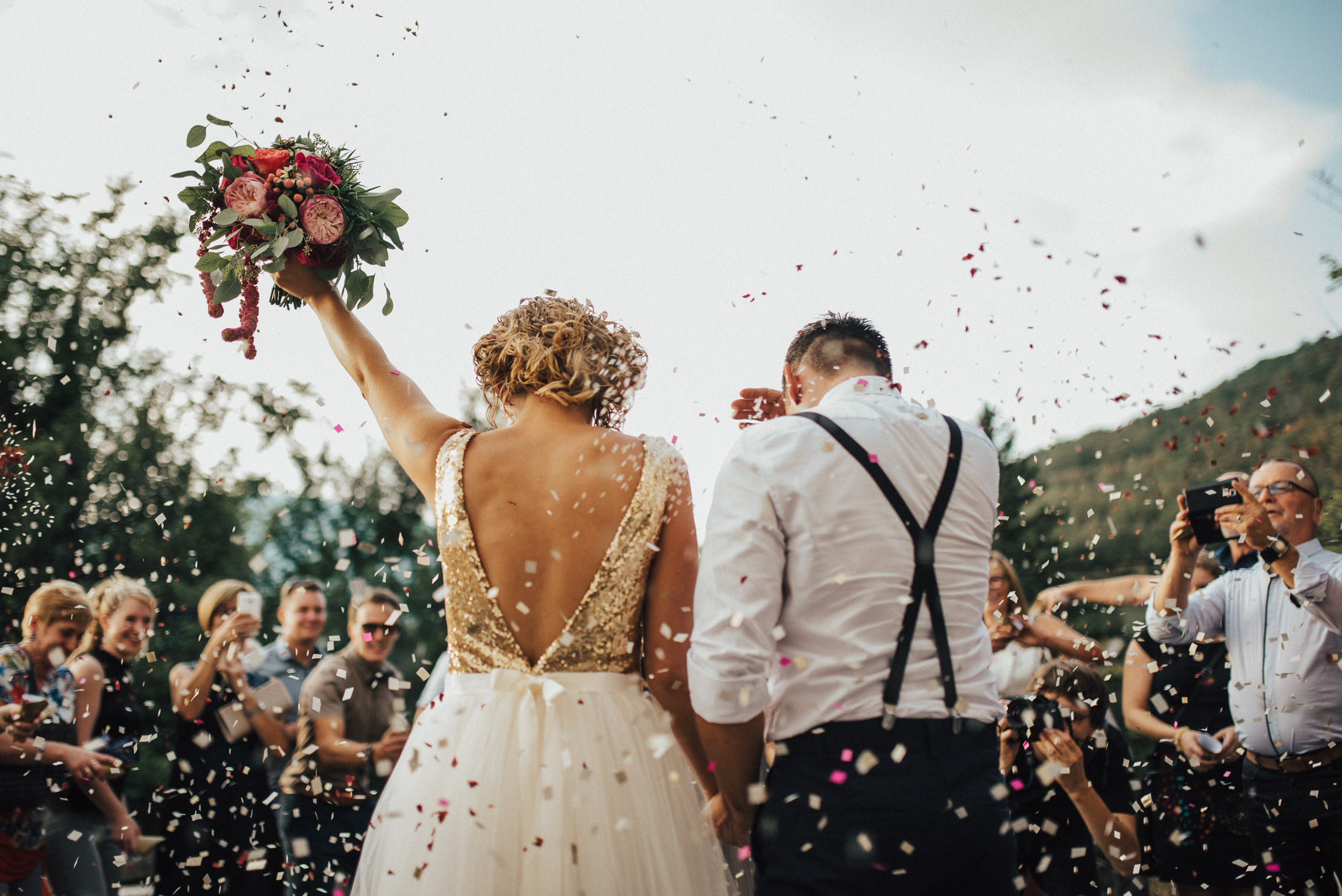 Up and coming 2018 wedding trends the urban twist for How to take wedding photos