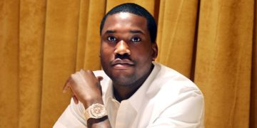 Court Clerk Fired For Trying To Get Meek Mill to Pay for Her Son's College Tuition