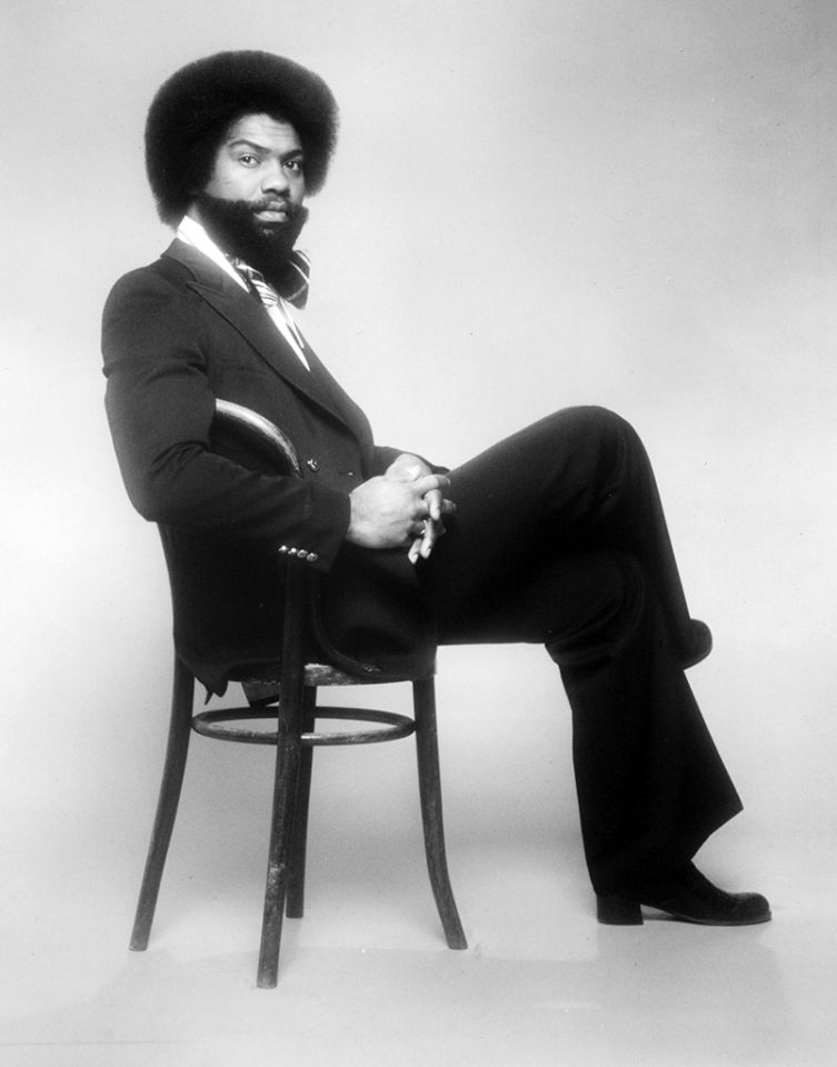 Nicholas Caldwell (71) famously of the singing group, The Whispers, passed away from heart failure on January 5, 2016.