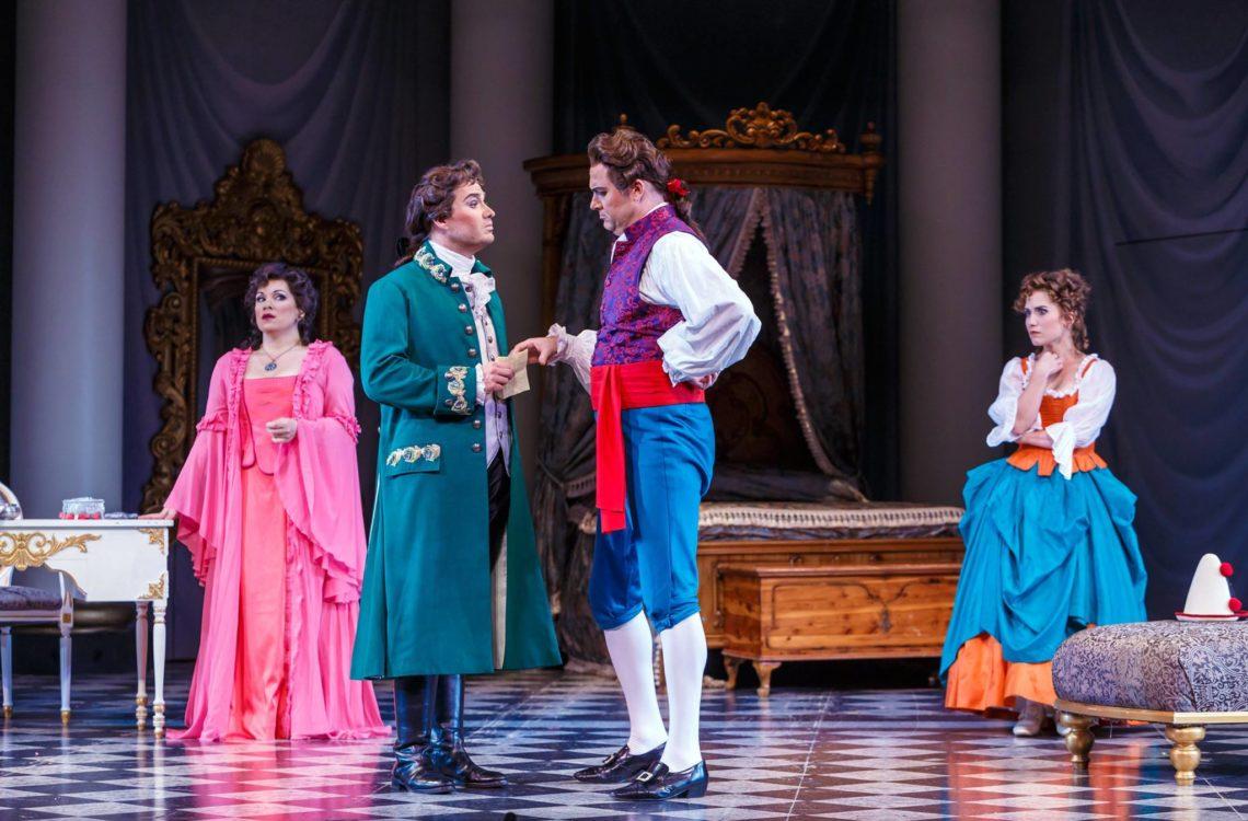 Left to Right: Countess Almaviva (Danielle Pastin), Count Almaviva (Christian Bowers), Figaro (Tyler Simpson), and Susanna (Joélle Harvey).